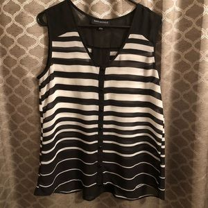 Tops - Stripped Sleeveless Blouse